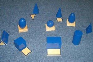 Montessori_materials_1.jpg